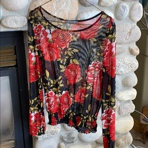 Suzy Shier top